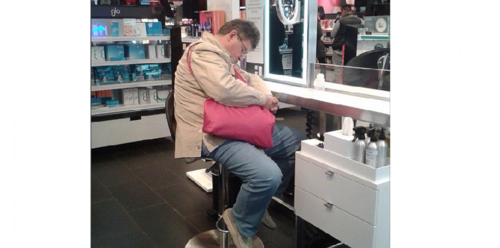 Galería de hombres alérgicos a las compras
