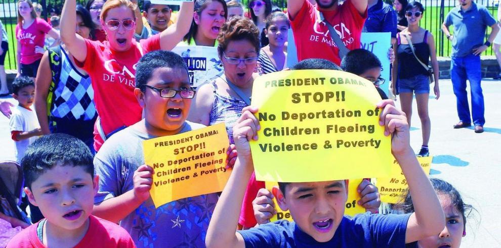 Obama frena reforma migratoria hasta después de noviembre