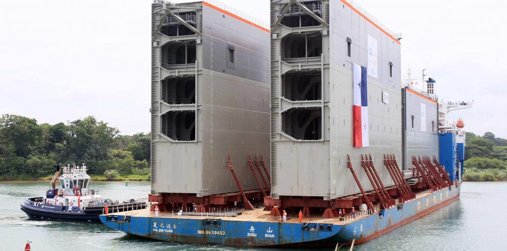 Panamá espera comenzar pruebas en el nuevo Canal en 10 meses