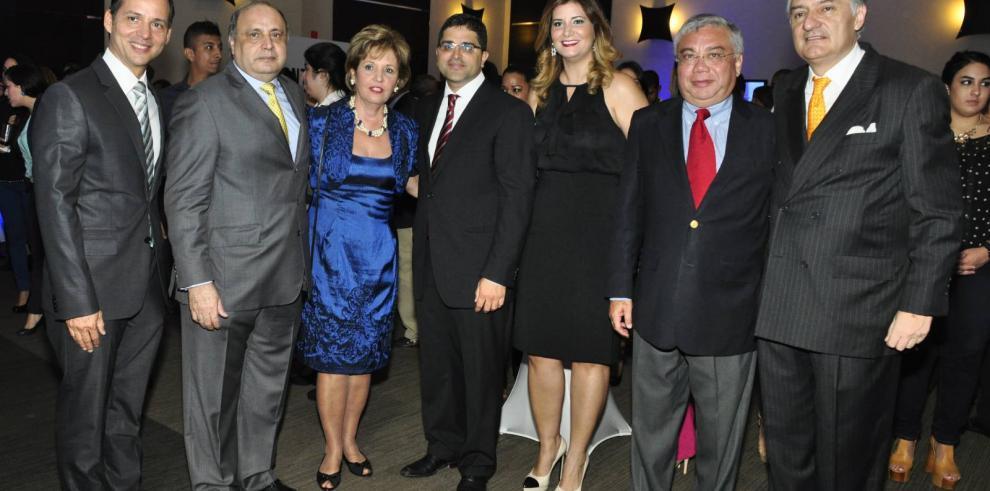 El Siglo y La Estrella de Panamá, todo un éxito el gran lanzamiento