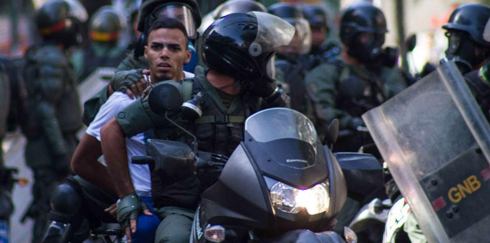 Ministerio Público investiga excesos policiales en Venezuela