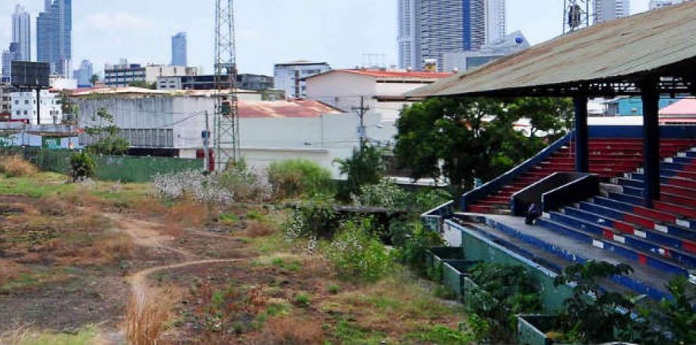 ¿Está inmiscuida la política en el deporte panameño?