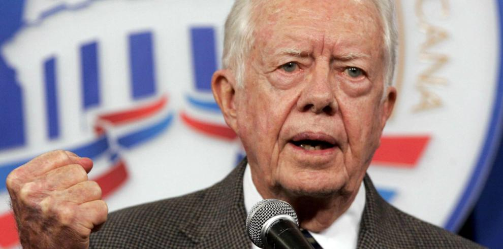 Carter cree que Obama no podía hacer nada contra la anexión de Crimea a Rusia
