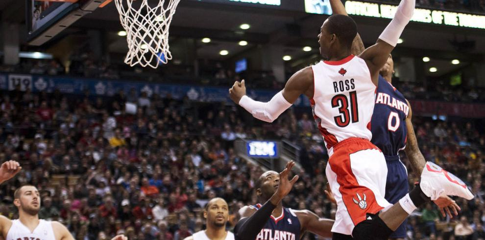 Lowry lidera victoria de los Raptors ante Atlanta