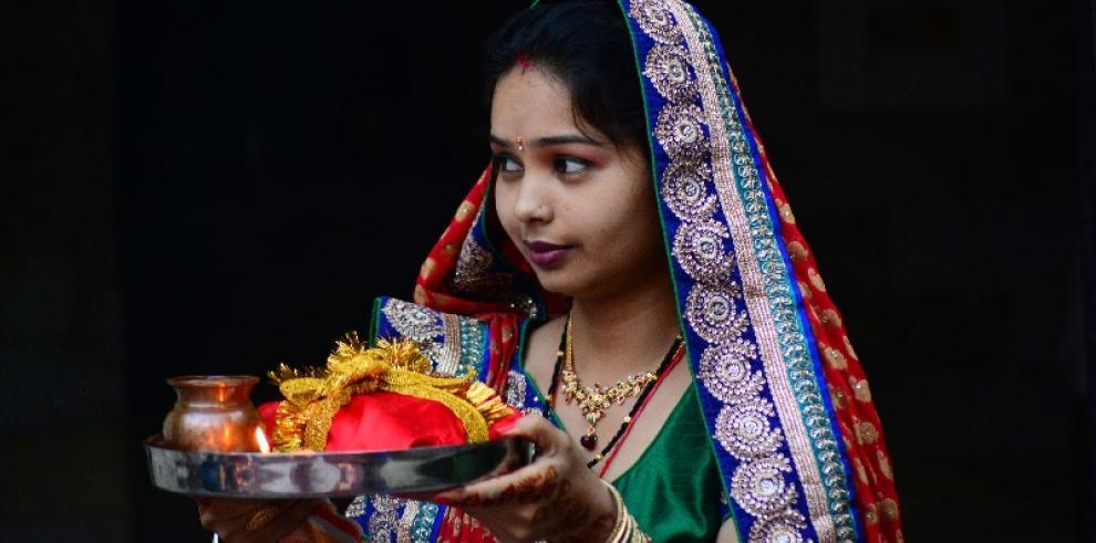 Festival de el Karwa Chauth en India