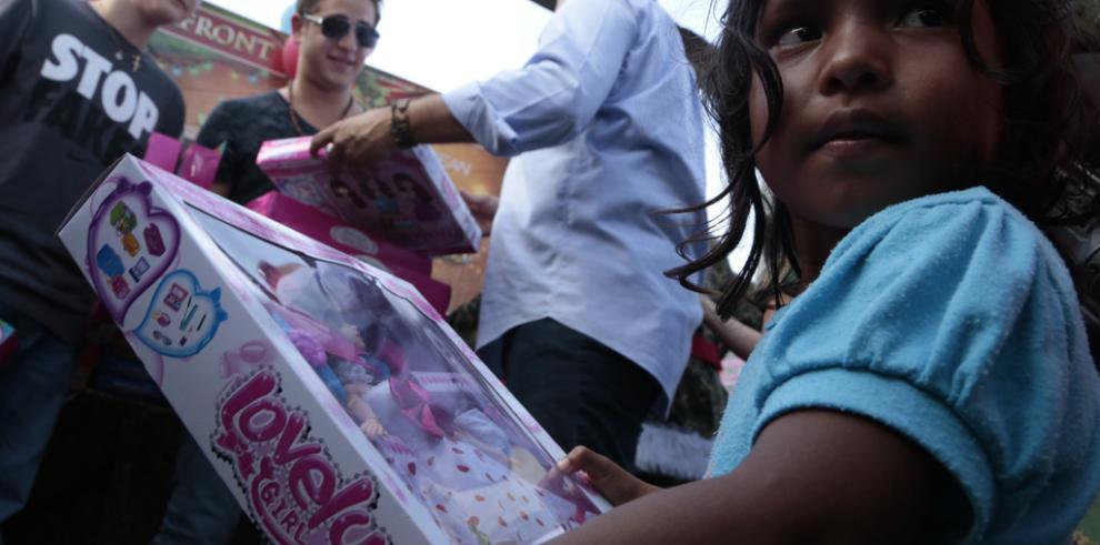 Varela y su familia pasan la navidad en Darién