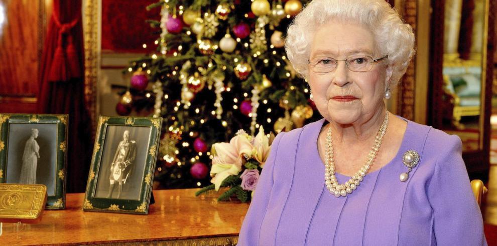 La reina de Inglaterra pide la reconciliación con Escocia tras el referéndum