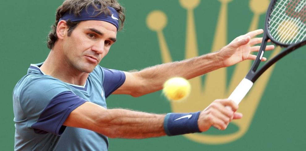 Federer anula a Stepanek y avanza a tercera ronda