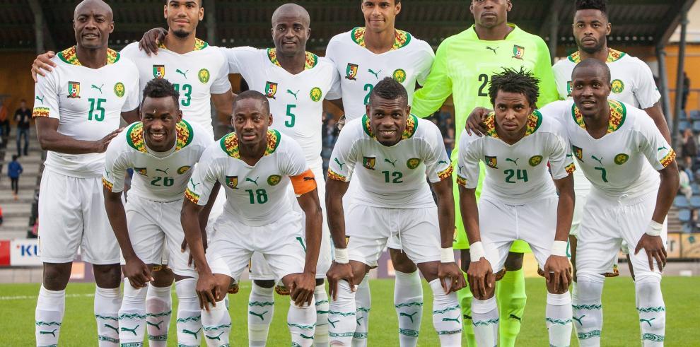 Camerún resuelve sus problemas y llega a Brasil