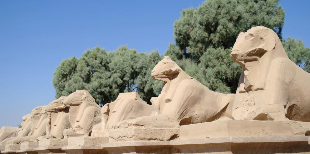Hallan tumba de más de 4 mil años