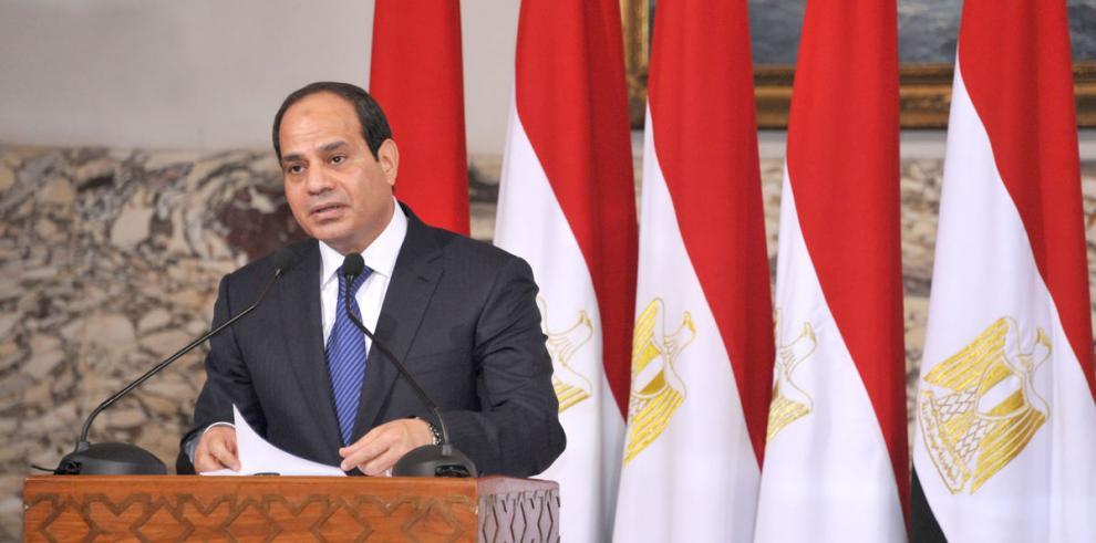 Al Sisi promete gobierno civilista