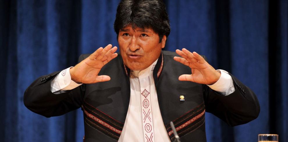 Bolivia promulga ley de inversiones