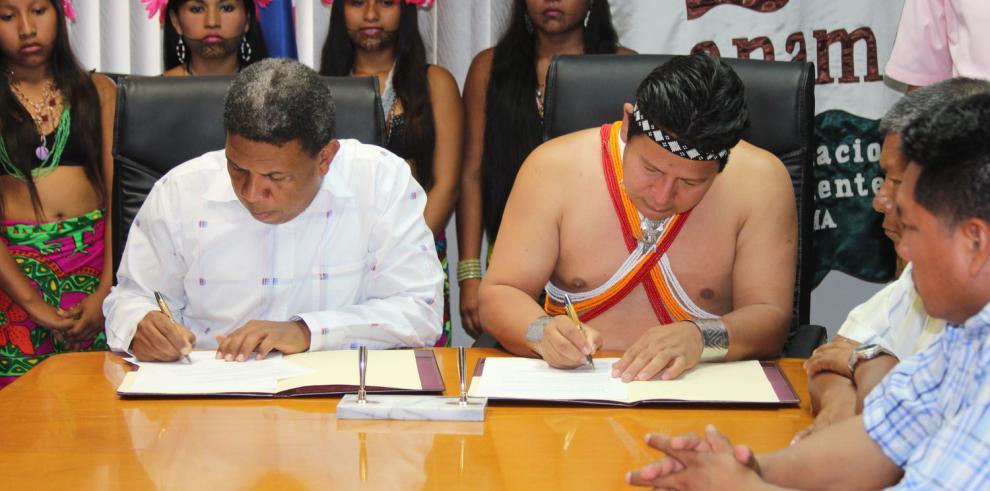 Indígenas y ANAM firman acuerdo