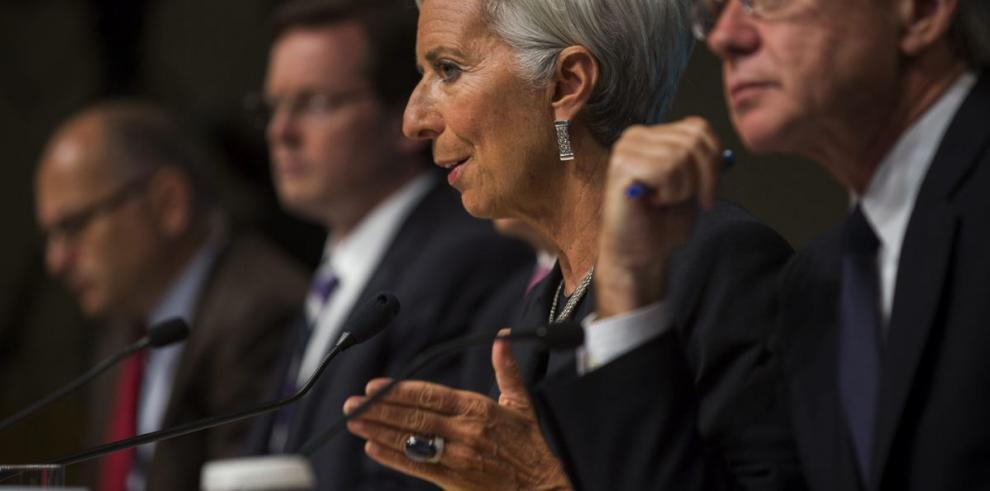 El FMI reduce proyección de crecimiento de EEUU a 2%
