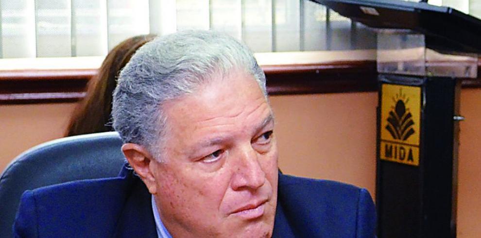 'Crisis fiscal me restó presupuesto', Arango