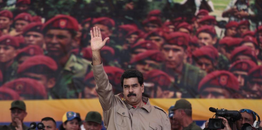 Maduro propone establecer una