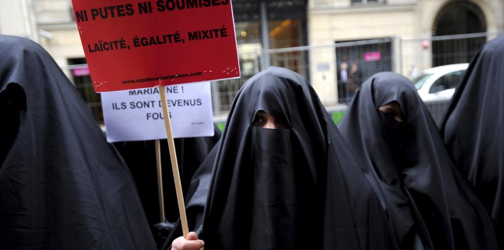 Joven paquistaní asesinada por su familiares por casarse sin permiso