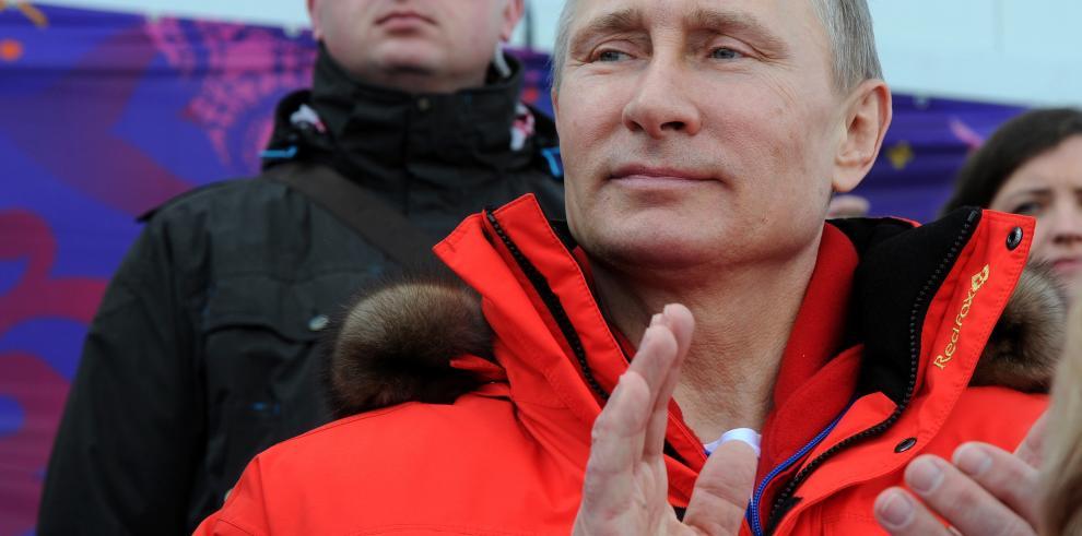 G7 prepara expulsión de Rusia del G8