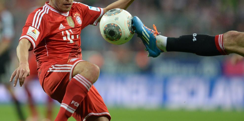 El Bayern derrota al Leverkusen y queda a dos victorias del título