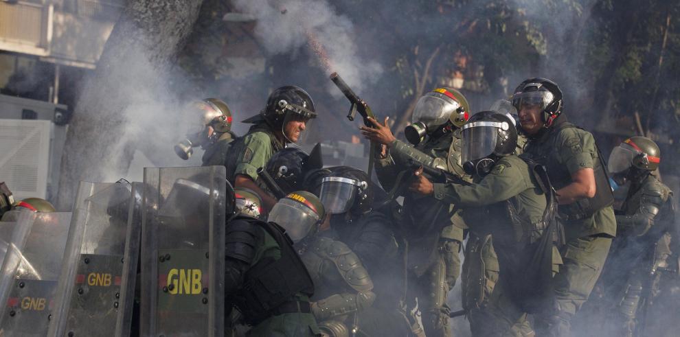 Muere otro oficial de la Guardia Nacional en las protestas contra Maduro