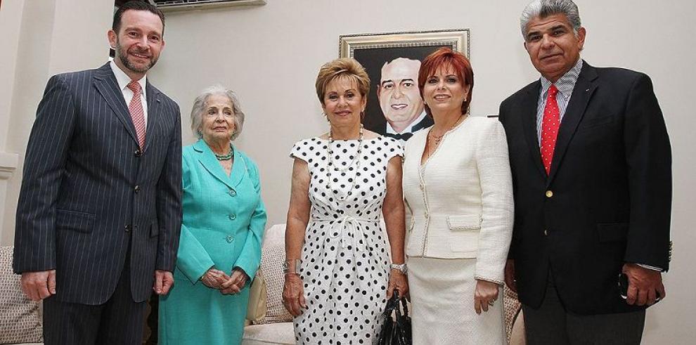 Inauguran salón Harmodio Arias Cerjack en la Cancillería