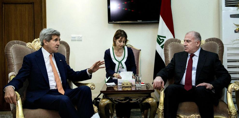 Kerry urge a crear un nuevo gobierno iraquí y promete apoyo de EEUU