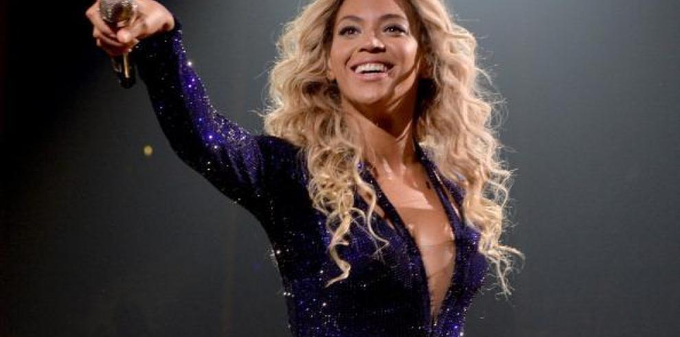 Beyoncé llega a los 33 años apareciendo en la revista CR Fashion Book