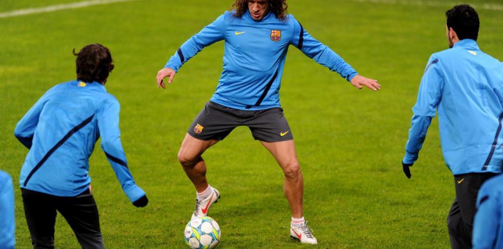Puyol está de regreso con el Barcelona