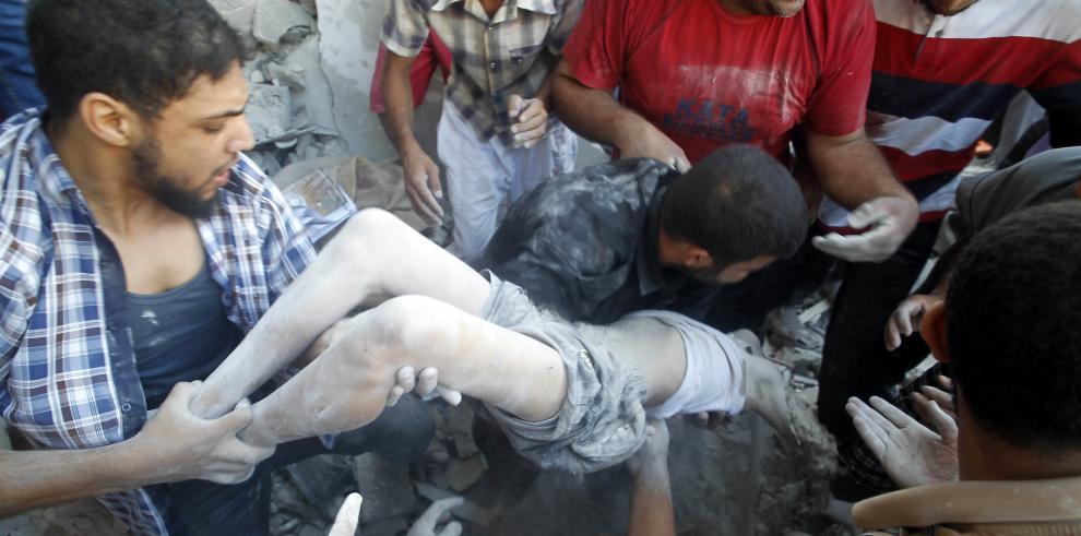 Sube a 1,766 los muertos y 9,500 heridos en Gaza en ofensiva israelí