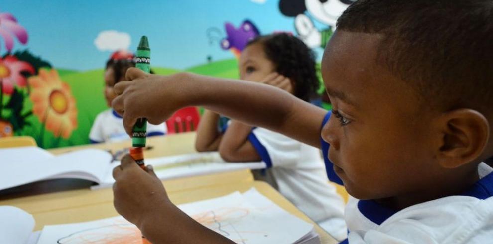 Inauguran taller para protección de la niñez y la adolescencia