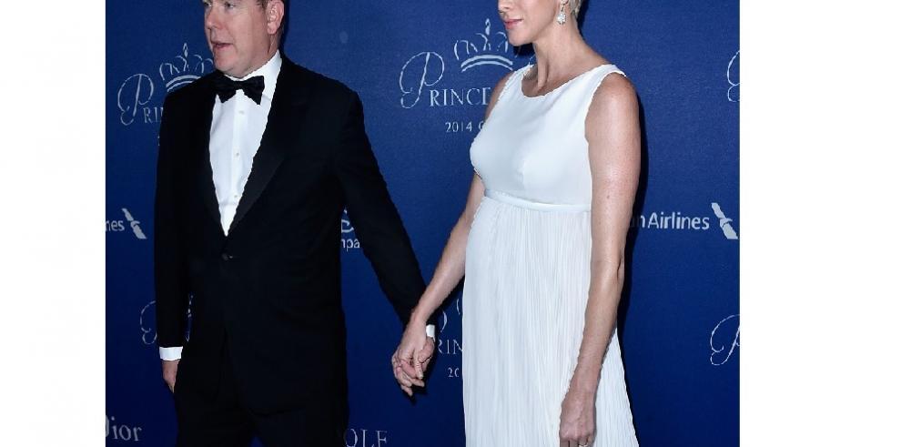 Los príncipes de Mónaco confirman que esperan gemelos