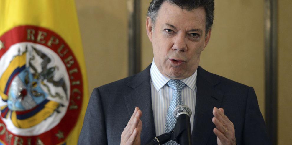 Santos anuncia comisión para el diálogo en Venezuela