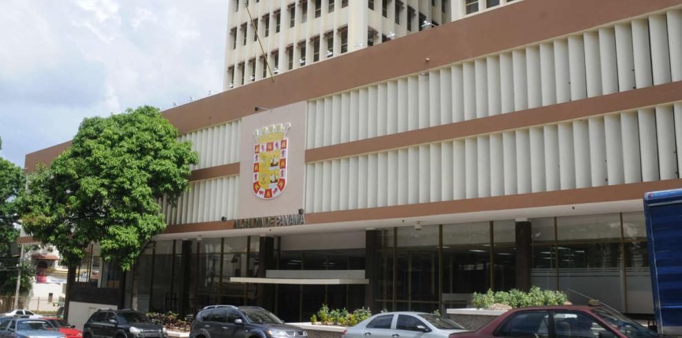 Kuzniecky: Navarro cumplió requisitos legales en compra del Hatillo