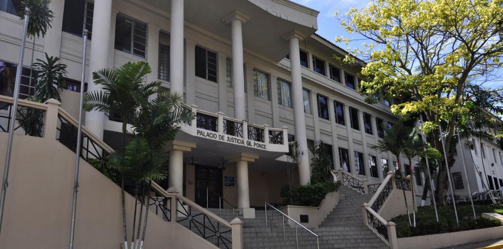 Mano dura para los corruptos, exige Colegio de Abogados