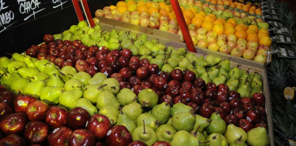 Comer muchas frutas y verduras, la clave para una vida adulta saludable