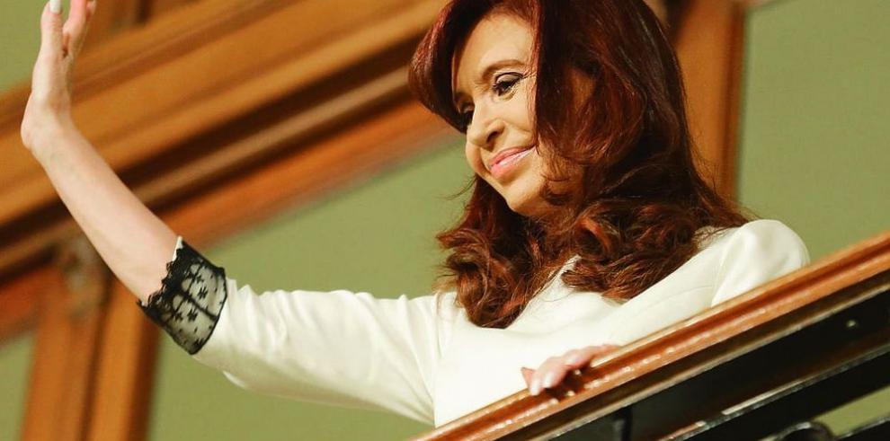 Kirchner suspende visita de Bachelet por infección intestinal