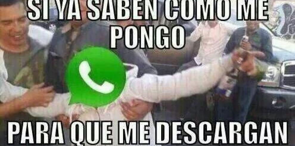 Memes de la nueva versión de WhatsApp