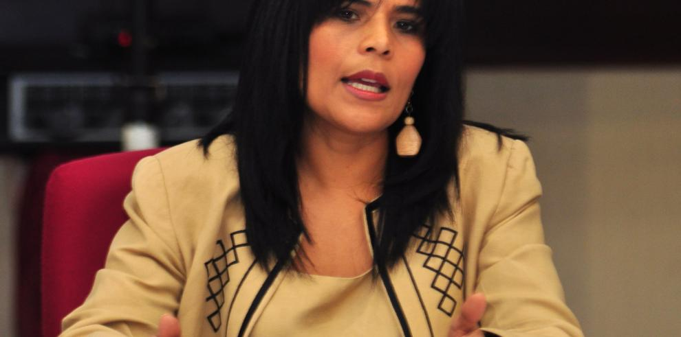 """""""Hubo un festín en el Gobierno pasado"""": Edna Ramos"""