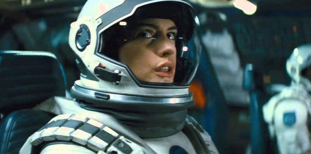 'Big Hero 6' le gana la partida a 'Interstellar'