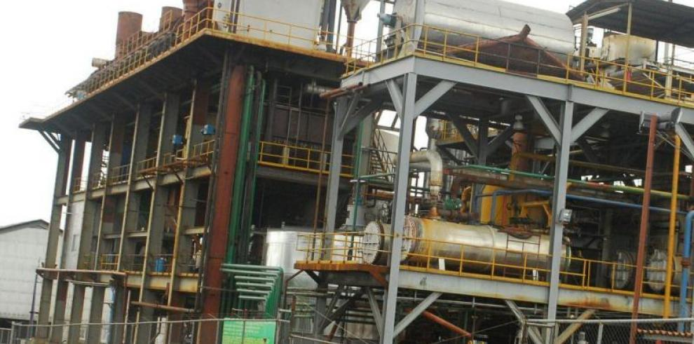 Gobierno ordena venta de gasolina sin etanol; Campos de Pesé responde