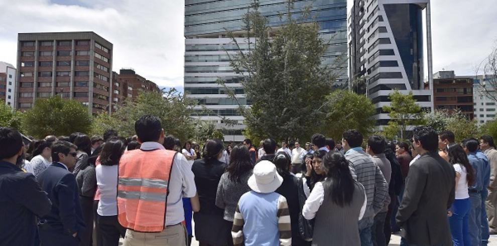 Sismo de 4,7 grados deja doce heridos en Ecuador