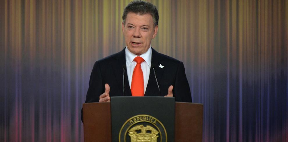 Juan M. Santos hablará de paz en Brasil y verá jugar su selección