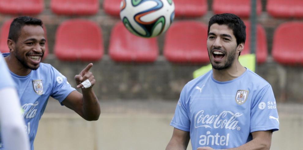 Uruguay e Inglaterra se juegan el todo o nada