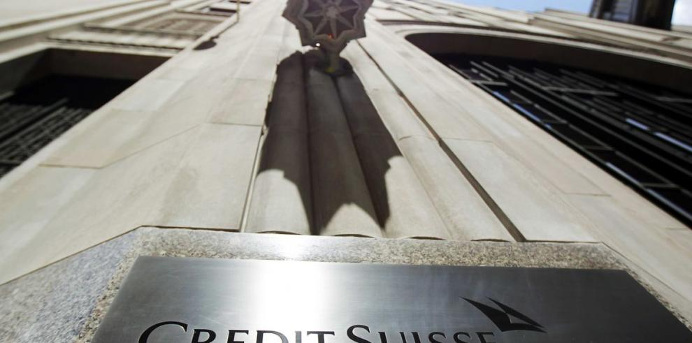 Moody's baja perspectiva a Credit Suisse