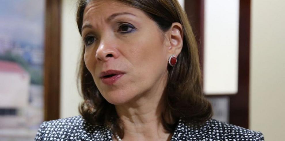 Gómez rechaza bono de $25 mil