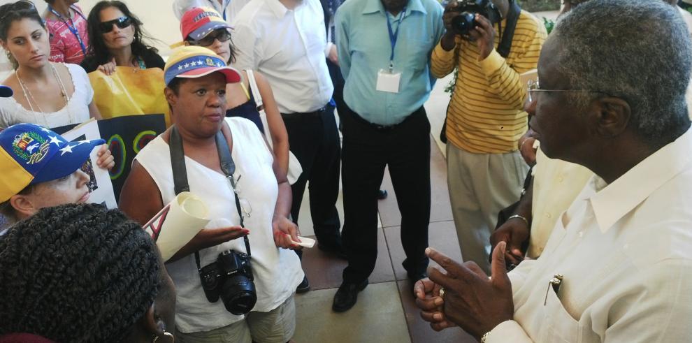 Venezolanos piden a Barbados pronunciarse sobre situación en su país