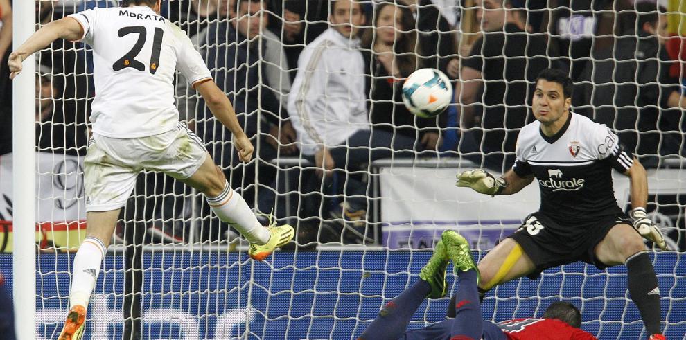 Real Madrid golea a Osasuna y presiona a Atlético