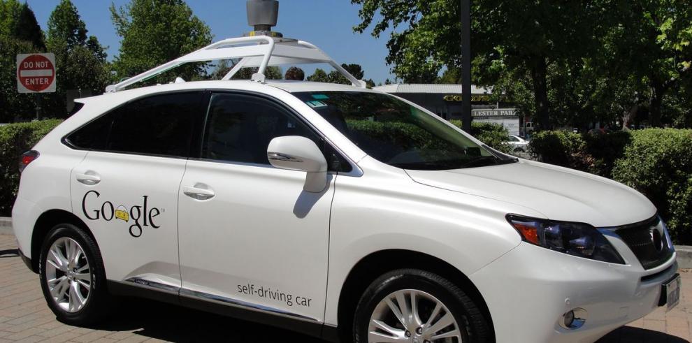 Google ultima detalles del coche que se conduce solo