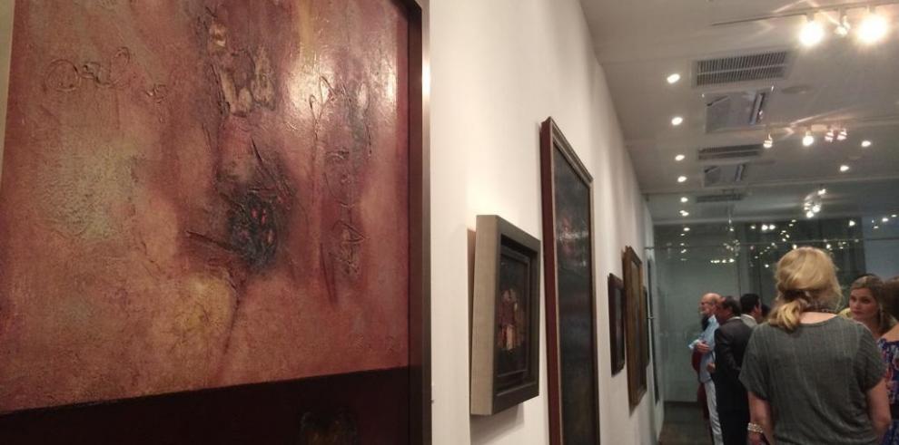 Exhiben obras del fallecido pintor Alfredo Sinclair