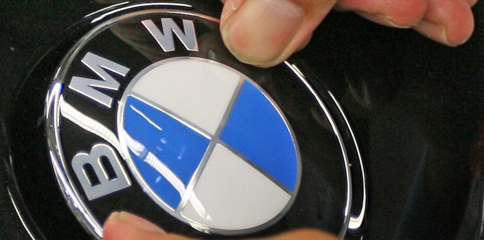 BMW llama a revisión a 260 mil vehículos más en todo el mundo